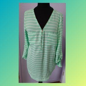 🌻 3/$15 🌻 Zac&Rachel Women's  blouse